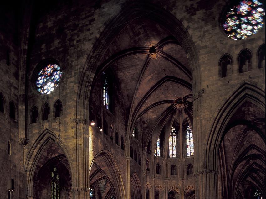 Nave central de la catedral de Santa Maria.  (Imagen M.A.S.)