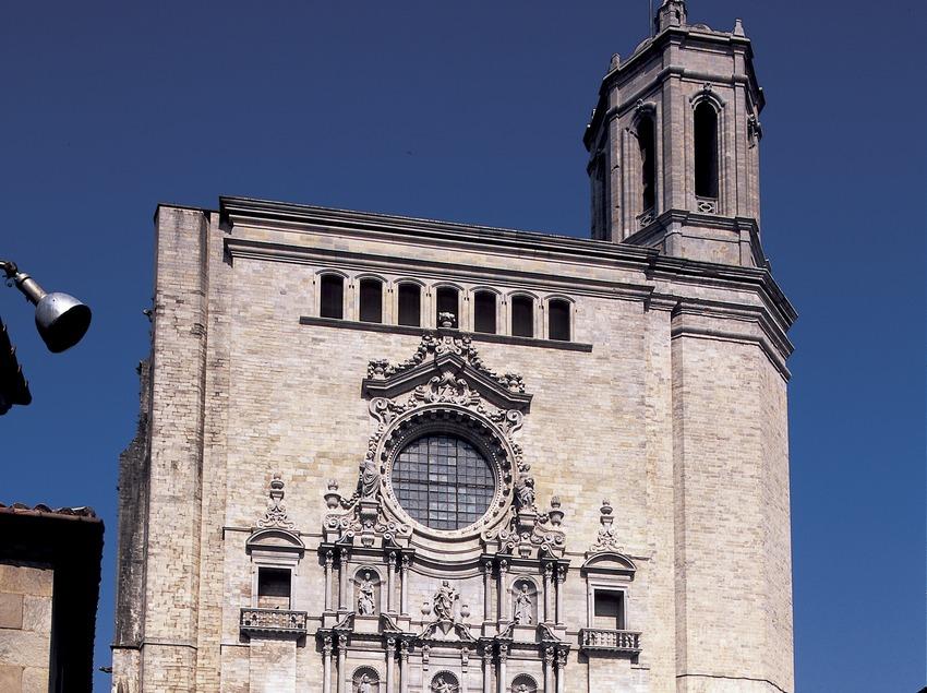 Fachada de la catedral de Santa Maria.  (Imagen M.A.S.)