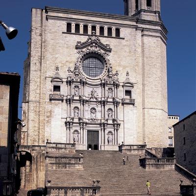 Façana de la catedral de Santa Maria.  (Imagen M.A.S.)