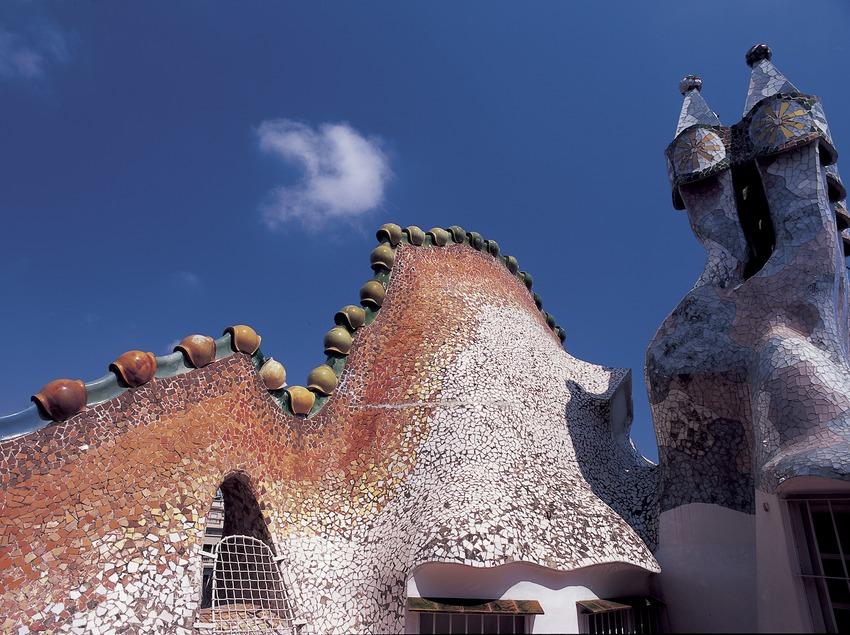 Detalle del techo de la Casa Batlló de Antoni Gaudí.