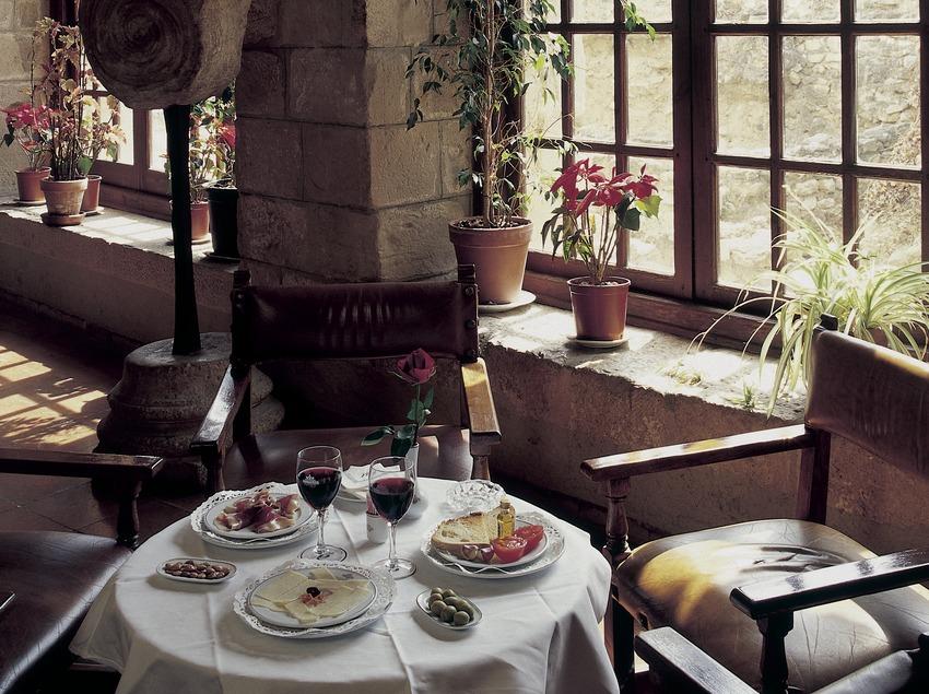 Restaurant du Parador de Turismo de Tortosa.