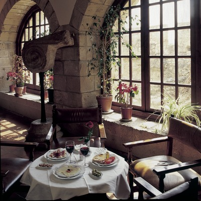Restaurante del Parador Nacional de Turismo de Tortosa.