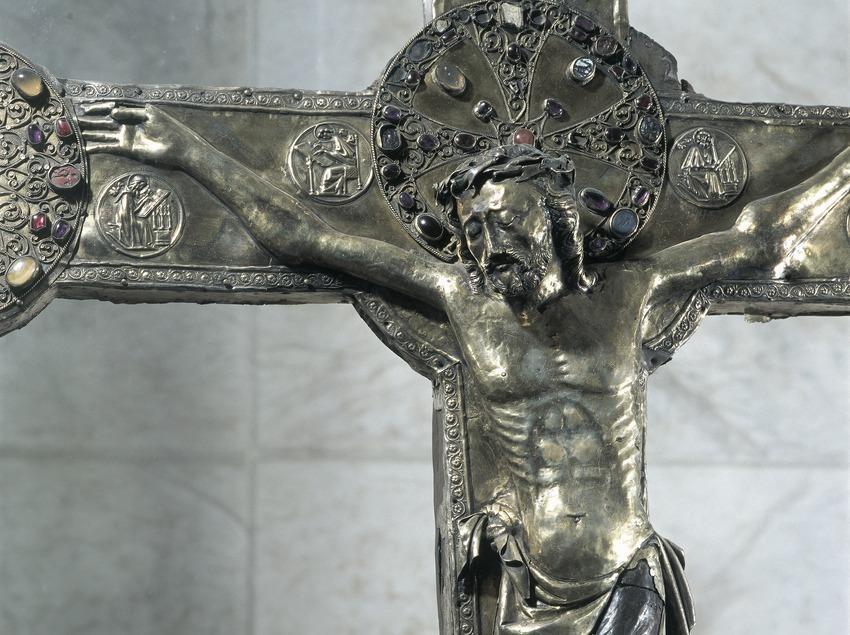 Creu de Vilabertran (segle XI). Canònica de Santa Maria de Vilabertran.  (Imagen M.A.S.)