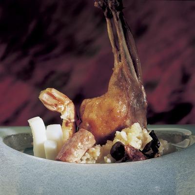 Arròs de conill, sèpia i escamarlans
