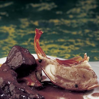 Estofado de jabalí con langosta.  (Imagen M.A.S.)