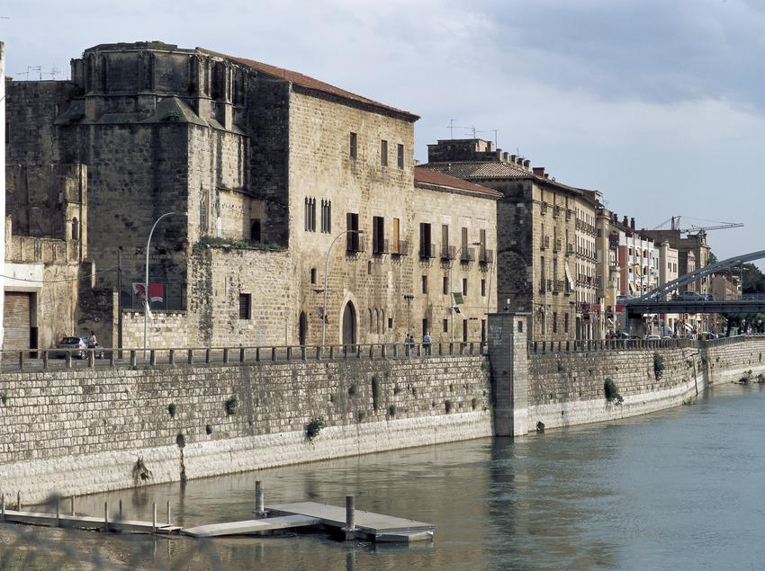 Palacio Episcopal y el río Ebro.  (Imagen M.A.S.)