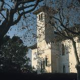 Torre modernista en la Illa Raspall