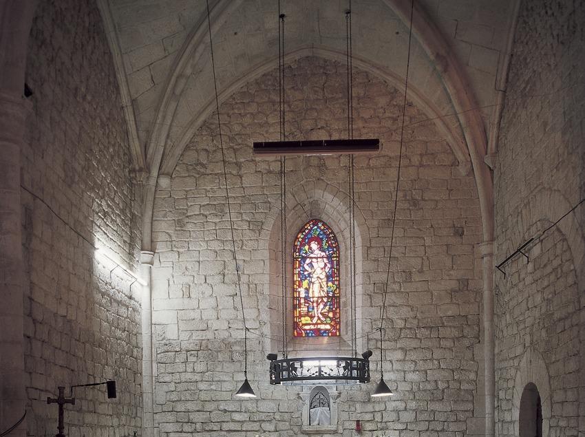 Nave central de la iglesia del monasterio de Sant Sebastià dels Gorgs.  (Imagen M.A.S.)