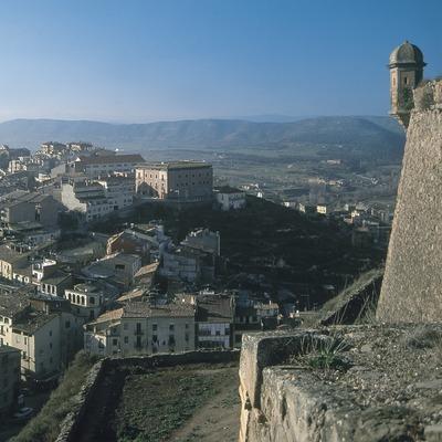 Vista parcial del núcleo antiguo desde el castillo  (Servicios Editoriales Georama)