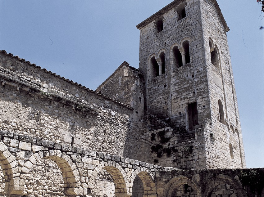 Lombard bell tower (11th century). Monastery of Sant Sebastià dels Gorgs.  (Imagen M.A.S.)