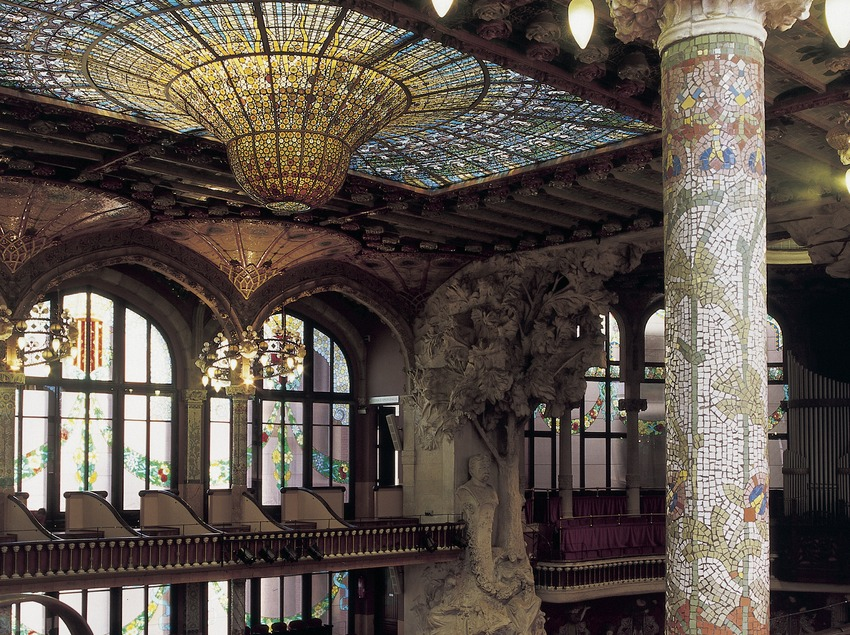 View of the side of the interior of the Palau de la Música Catalana (Catalan Palace of Music) by Domènech i Montaner.