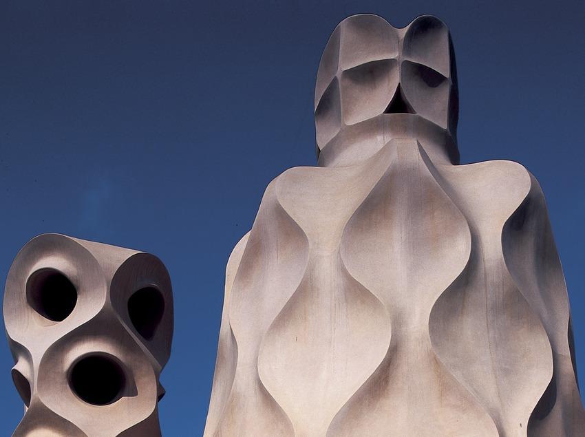 Дымовые трубы на крыше дома Мила (Ла-Педреры). (Imagen M.A.S.)