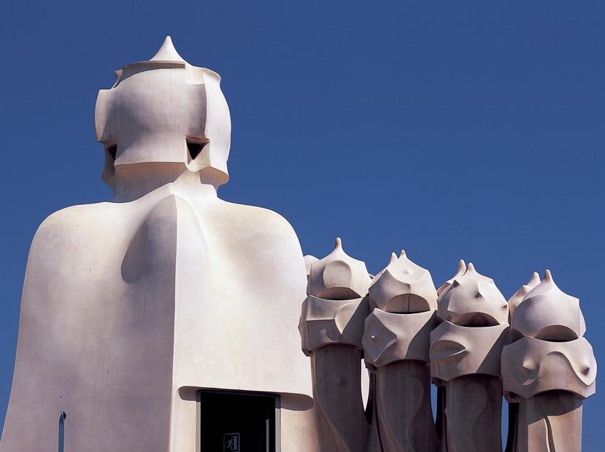 Cheminées du toit terrasse de la Maison Milà, La Pedrera. (Imagen M.A.S.)