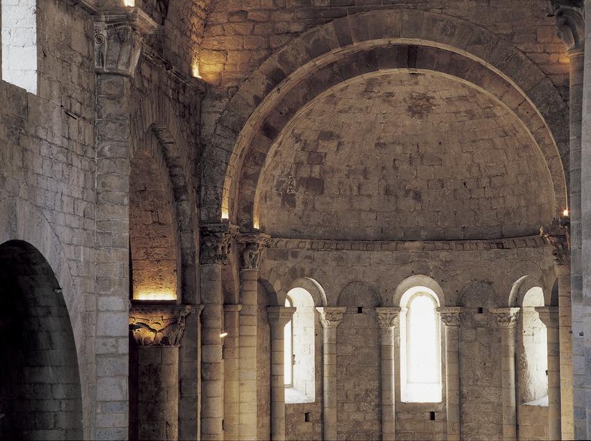 Absis de l'església del monestir de Sant Pere de Galligants.  (Imagen M.A.S.)