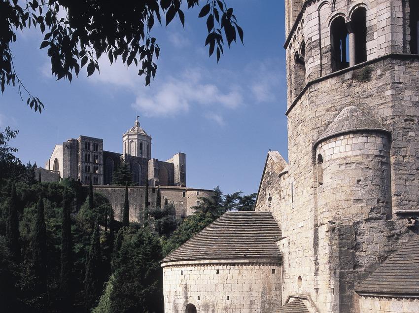 Monestir de Sant Pere de Galligants i Catedral de Santa Maria.  (Imagen M.A.S.)