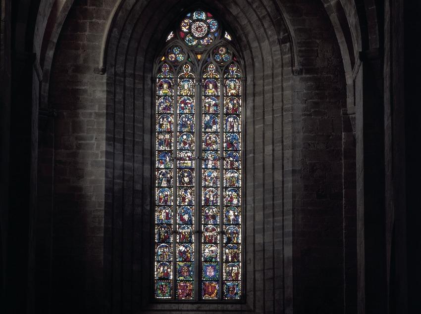 Ventanal de la iglesia del Real Monasterio de Santes Creus.  (Imagen M.A.S.)