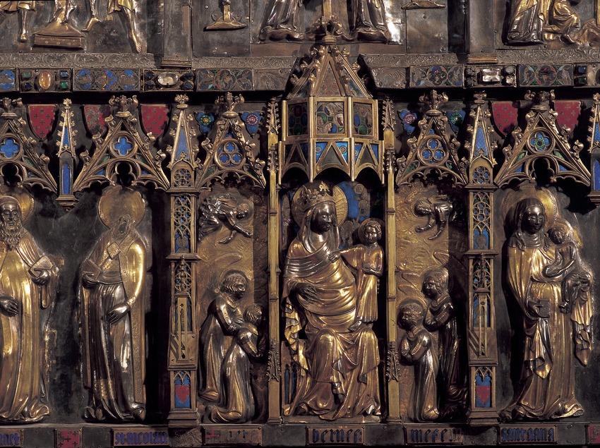 Detalle del retablo del altar mayor (siglo XI). Catedral de Santa Maria.  (Imagen M.A.S.)