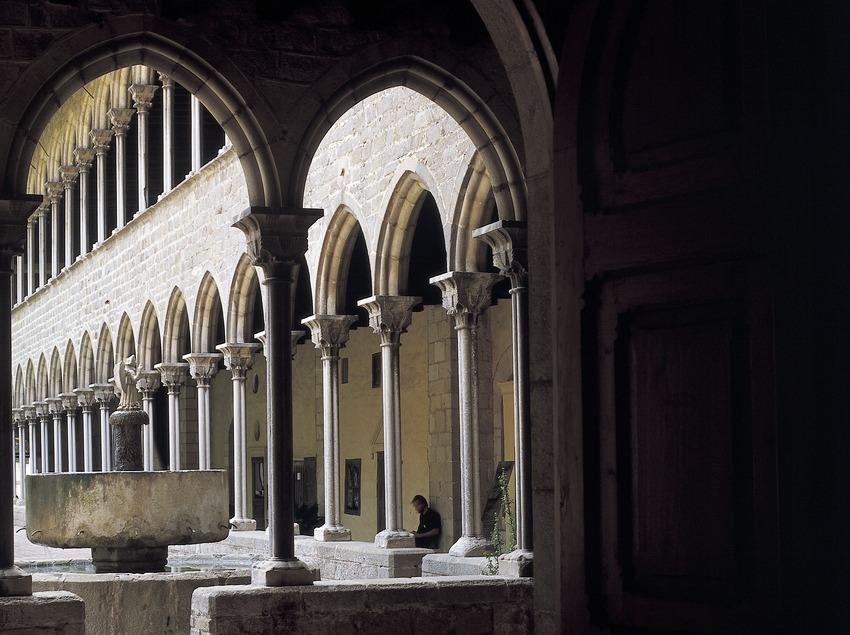 Claustro del monasterio de Pedralbes. (Imagen M.A.S.)