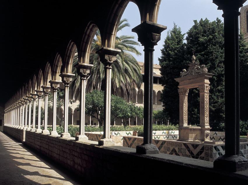 Ala del claustro del monasterio de Pedralbes. (Imagen M.A.S.)