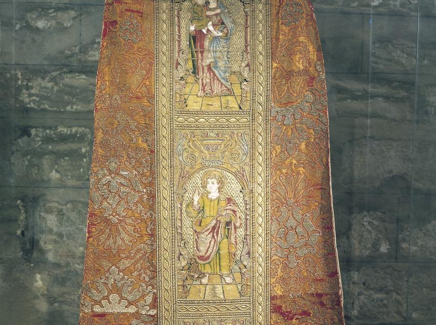Casulla del Papa Calixte III (1458). Museu de Lleida Diocesà i Comarcal.  (Imagen M.A.S.)