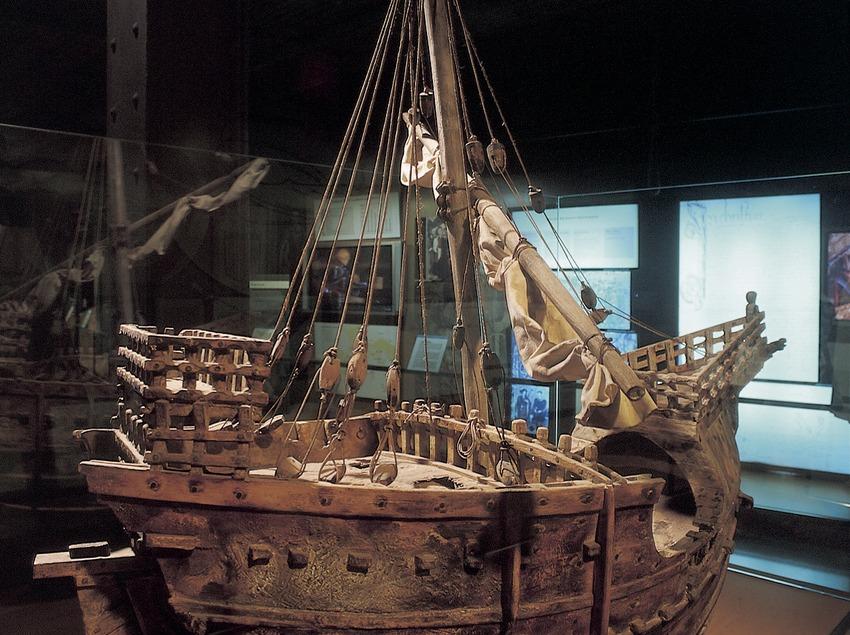 Reproducció d'una coca (segle XIV). Museu d'Història de Catalunya.  (Imagen M.A.S.)