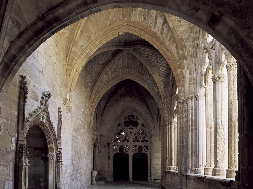 Ala del claustro del Real Monasterio de Santa Maria de Vallbona.  (Imagen M.A.S.)