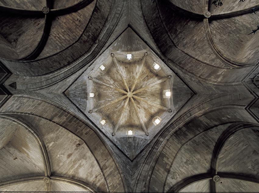 Cimbori octogonal de l'església del Reial Monestir de Santa Maria de Vallbona.  (Imagen M.A.S.)