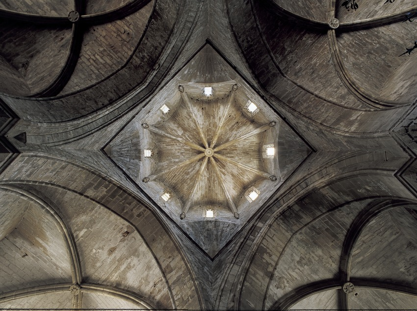 Octagonal dome in the church of the Royal Monastery of Santa Maria de Vallbona.  (Imagen M.A.S.)