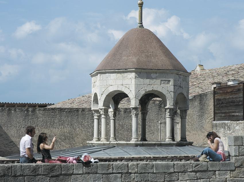Arab baths  (Servicios Editoriales Georama)