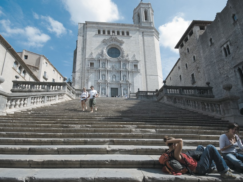 Escaleras de la catedral  (Servicios Editoriales Georama)