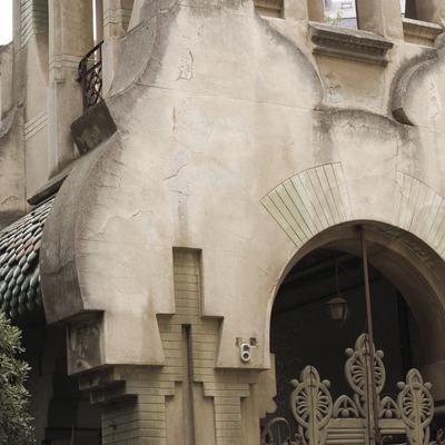 Casa Tosquella, de Eduard Balcells i Buigas.  (Nano Cañas)