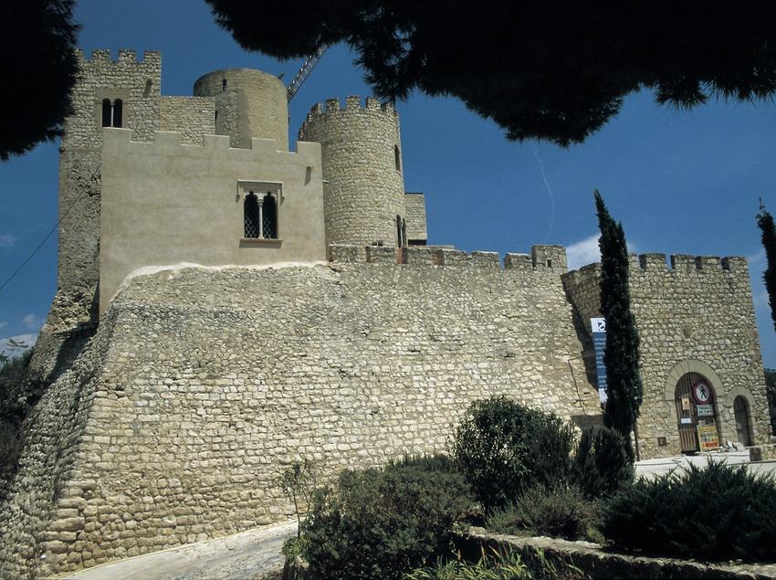 Castillo de Castellet  (Turismo Verde S.L.)