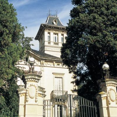 Torre Amat.  (Turismo Verde S.L.)