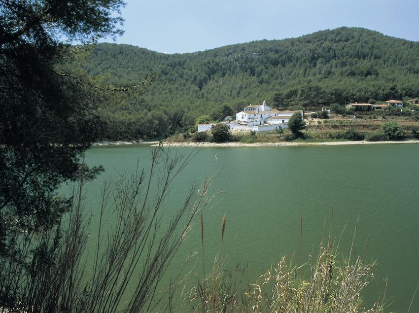 Der Stausee von Foix.  (Turismo Verde S.L.)