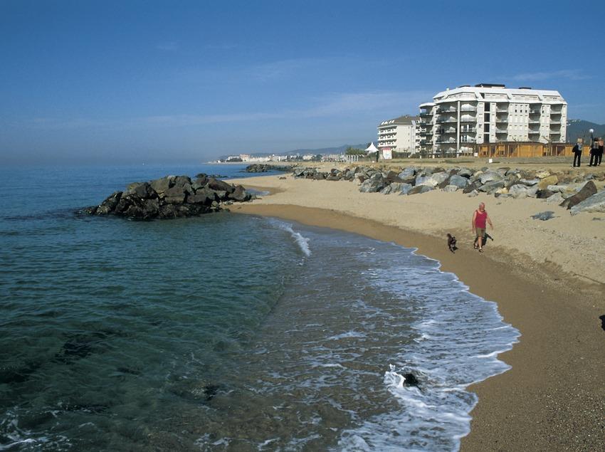 Strand von Pineda de Mar.  (Turismo Verde S.L.)