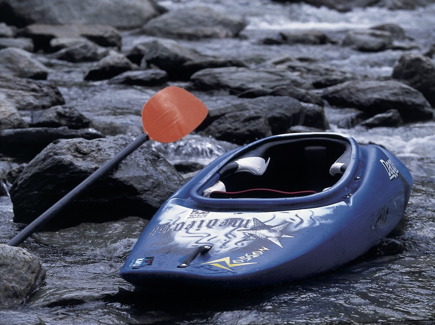 Canoë-Kayak. Kayak en eaux vives. Noguera Pallaresa.