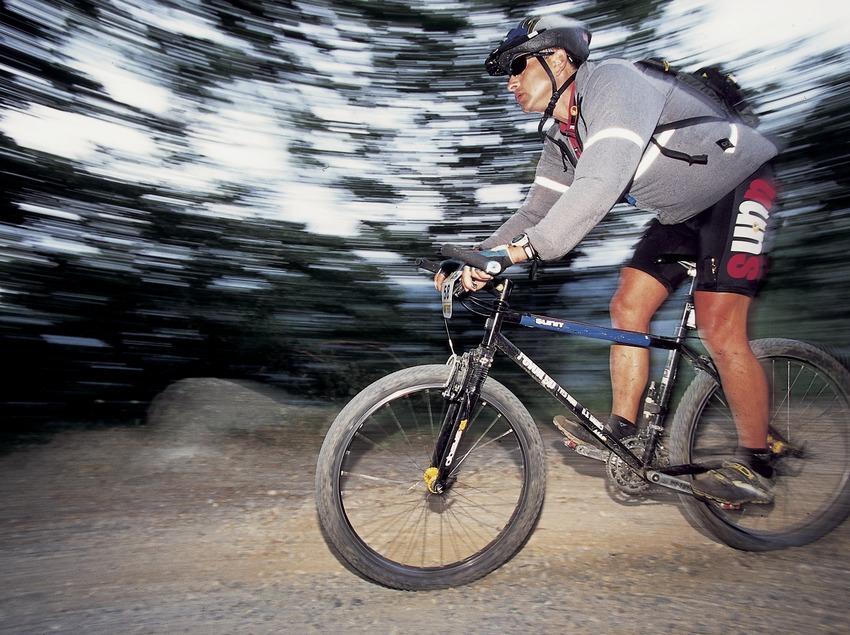 Bicicleta de muntanya. Velocitat. BTT.  (Daniel Julián)