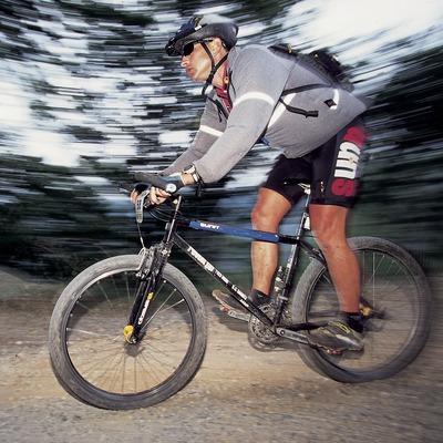 Bicicleta de muntanya. Velocitat. BTT.
