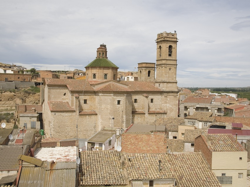 View of the town and the church of Sant Antolí  (Miguel Raurich)