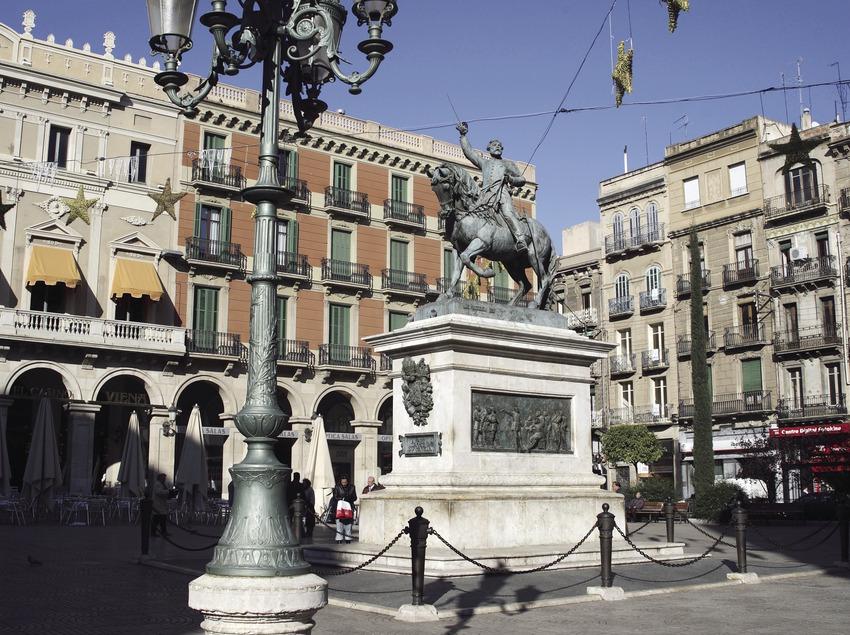Plaça de Prim  (Miguel Raurich)