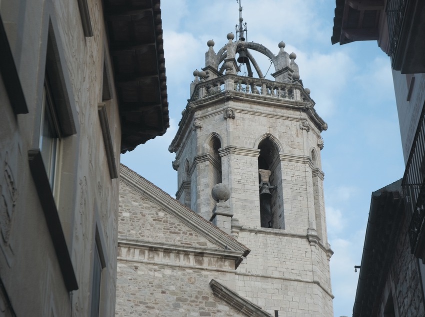 Bell tower of the parish church  (Servicios Editoriales Georama)