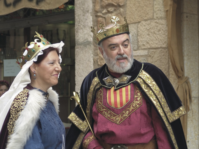 Actors participants a la Llegenda de Sant Jordi de la Setmana medieval  (Servicios Editoriales Georama)