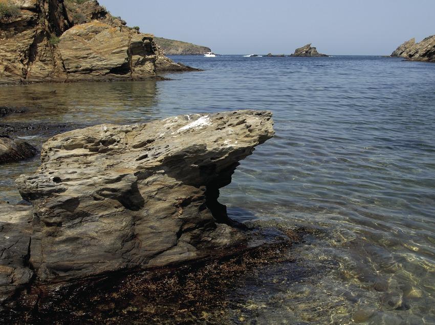 Bahía de Guillola en el Parque Natural del Cap de Creus.