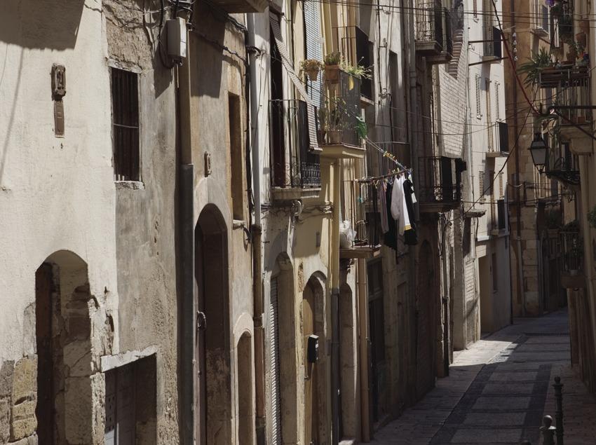 Calle del barrio antiguo.  (Nano Cañas)