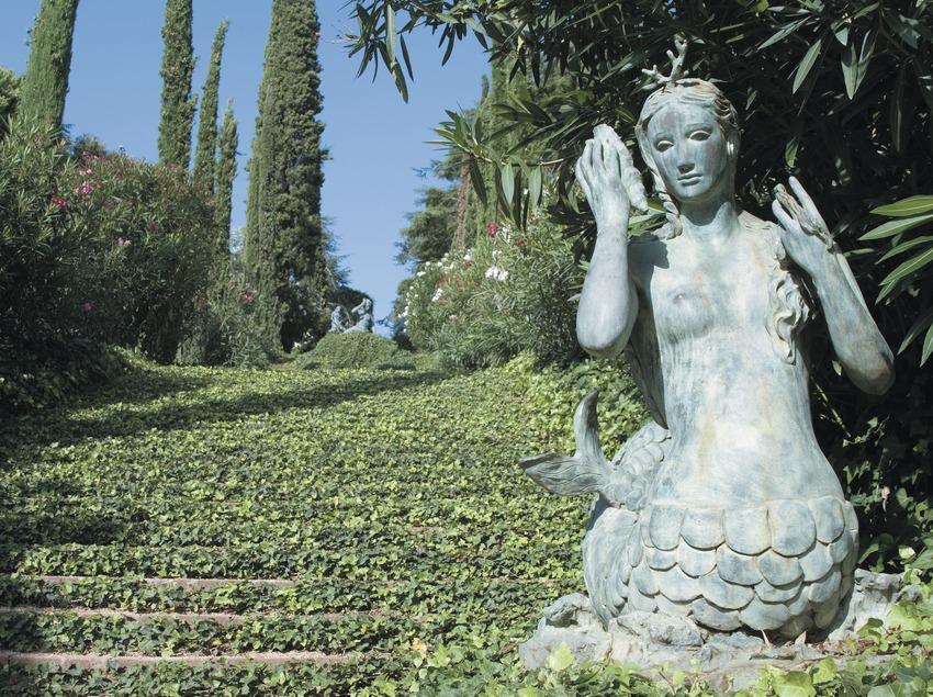 Sculpture dans les jardins de Santa Clotilde  (Servicios Editoriales Georama)