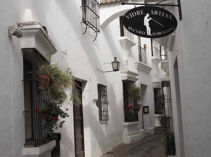 Calle del Poble Espanyol.  (Nano Cañas)