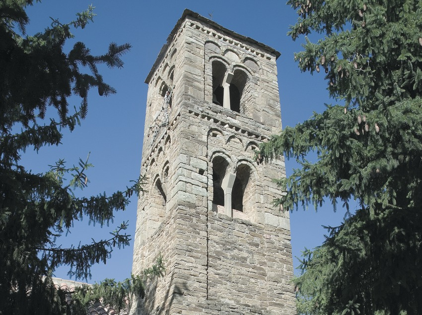 Bell tower of the church of Sant Esteve.  (Servicios Editoriales Georama)
