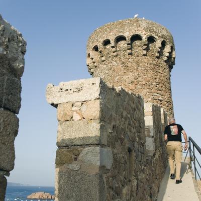Torre de guaita de la Vila Vella de Tossa.  (Servicios Editoriales Georama)