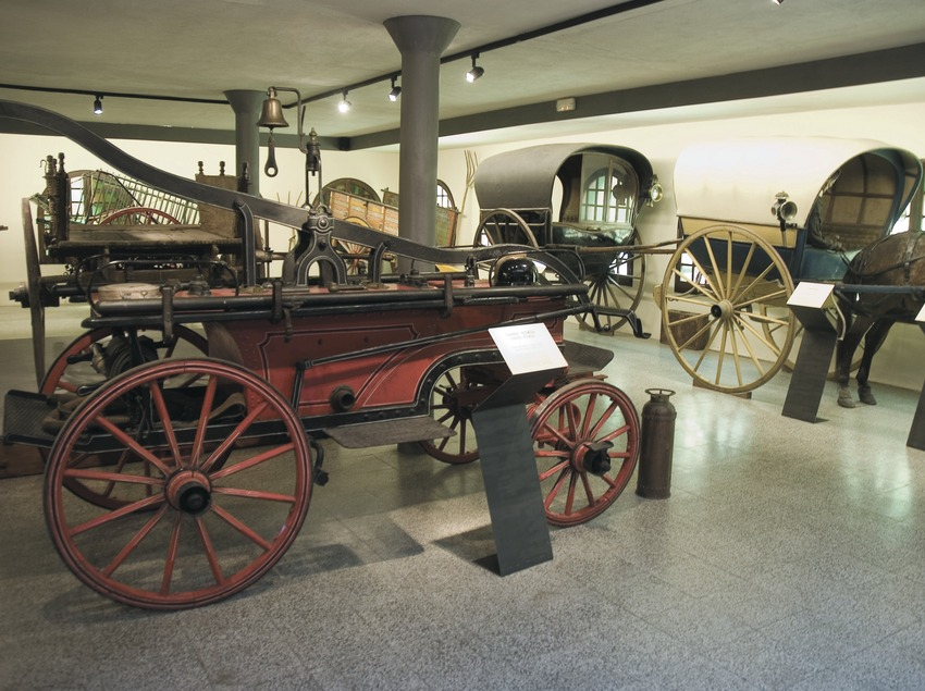 Carriage in the Traginer (bearer, carrier) Museum  (Servicios Editoriales Georama)