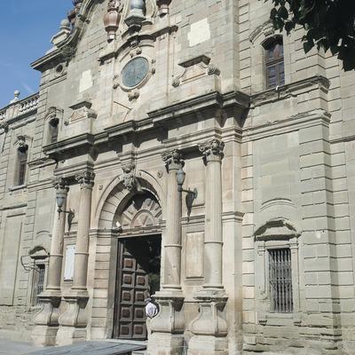 Façana de l'antiga Universitat de Cervera  (Servicios Editoriales Georama)